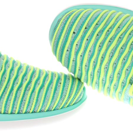 iknxq Kids Turquoise Nike Roshe Two Flyknit Youth Trainers   schuh