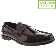 Burgundy Momentum Esquire Penny Loafer