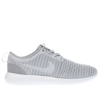 Nike Light Grey Roshe Two Flyknit Trainers
