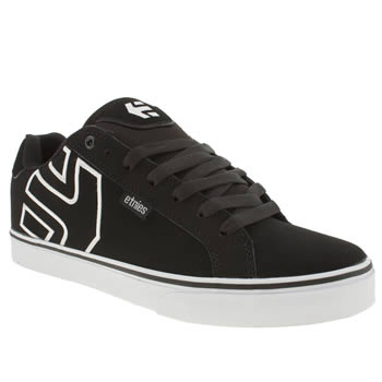 mens etnies black & white fader vulc trainers
