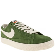 Dark Green Nike Blazer Low Vintage