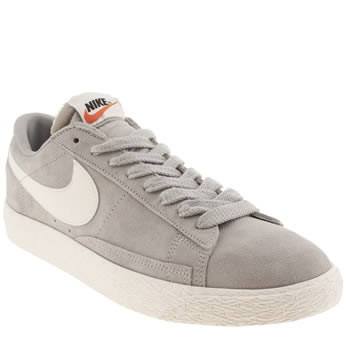 mens nike light grey blazer low vintage trainers