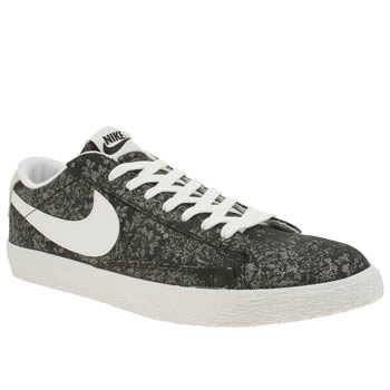 Mens Nike Black & White Blazer Low Trainers