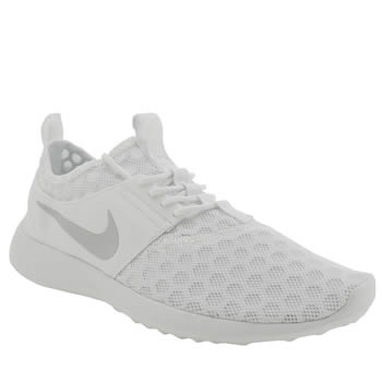 Mens Nike White Juvenate Trainers