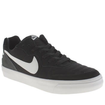 Mens Nike Black & White Tiempo Trainers