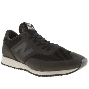 Mens New Balance Black 620 Trainers