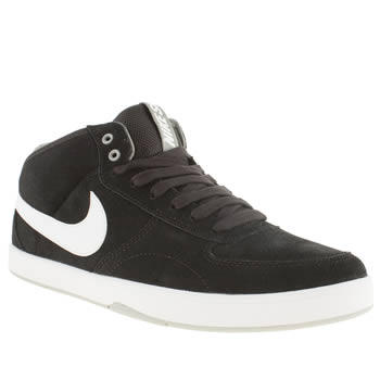 Mens Nike Skateboarding Black & White Mavrik Mid 3 Trainers