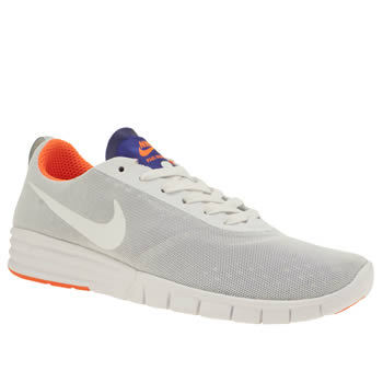 Nike Sb White & Blue Paul Rodriguez 9 R/r Trainers