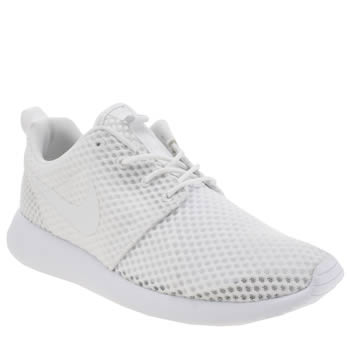 Mens Nike White Roshe Run Trainers