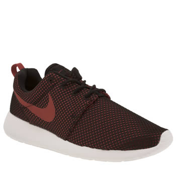 Nike Black & Red Roshe One Trainers