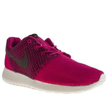 Nike Pink & Black Roshe Run Trainers