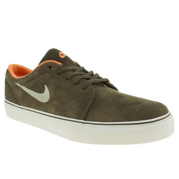 mens nike skateboarding khaki satire trainers