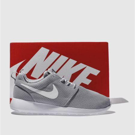 cmskf Mens Light Grey Nike Roshe One Trainers | schuh