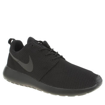 black and white roshe runs mens