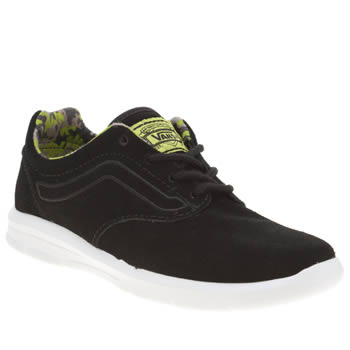 VANS BLACK & GREEN ISO 1-5 BOYS JUNIOR TRAINERS