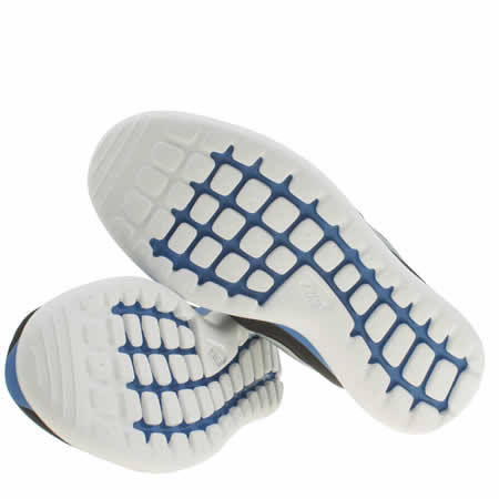 bwnur Boys Black And Blue Nike Roshe Two Trainers | schuh