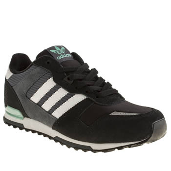 Boys Adidas Black & Grey Zx 700 Boys Youth
