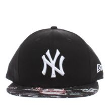 New Era Black & White 9fifty Ny Offshore Snap Caps and Hats