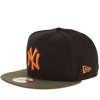 New Era Black & Green Ny Yankees Diamond Era Maxd Caps and Hats