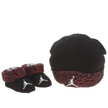 Nike Jordan Black & Red Hat & Bootie Combo Apparel
