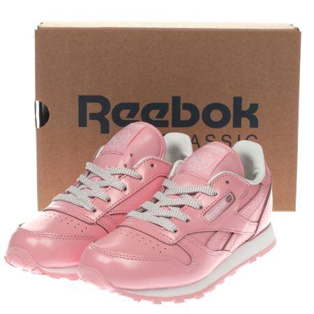 pink reebok