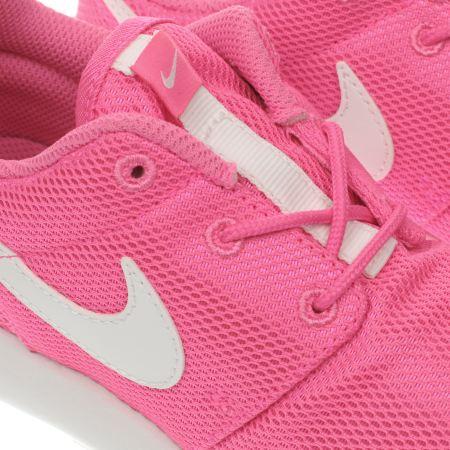 fqsmw Girls Pink Nike Roshe One Junior Trainers | schuh