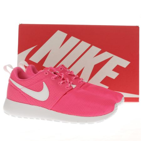 mtyqy Girls Pink Nike Roshe Run Youth Trainers | schuh