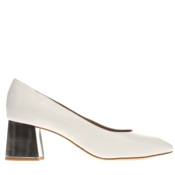 Schuh White Paparazzi Womens Low Heels