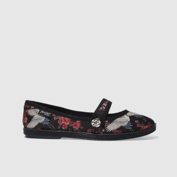 Blowfish Black & Red GOJI Haiku Flats