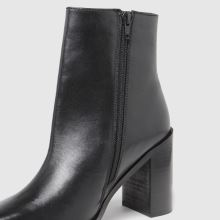 schuh Byron Leather Square Toe 1
