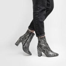 Schuh Delta 1