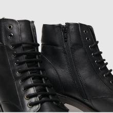 Schuh Sublime 1