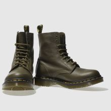 Dr Martens pascal 8 eye boot 1