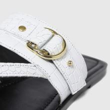 schuh Terri Leather Toe Post Buckle 1