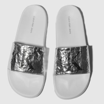 Calvin Klein Silver Jeans Chantal Metallic Crinkle Womens Sandals