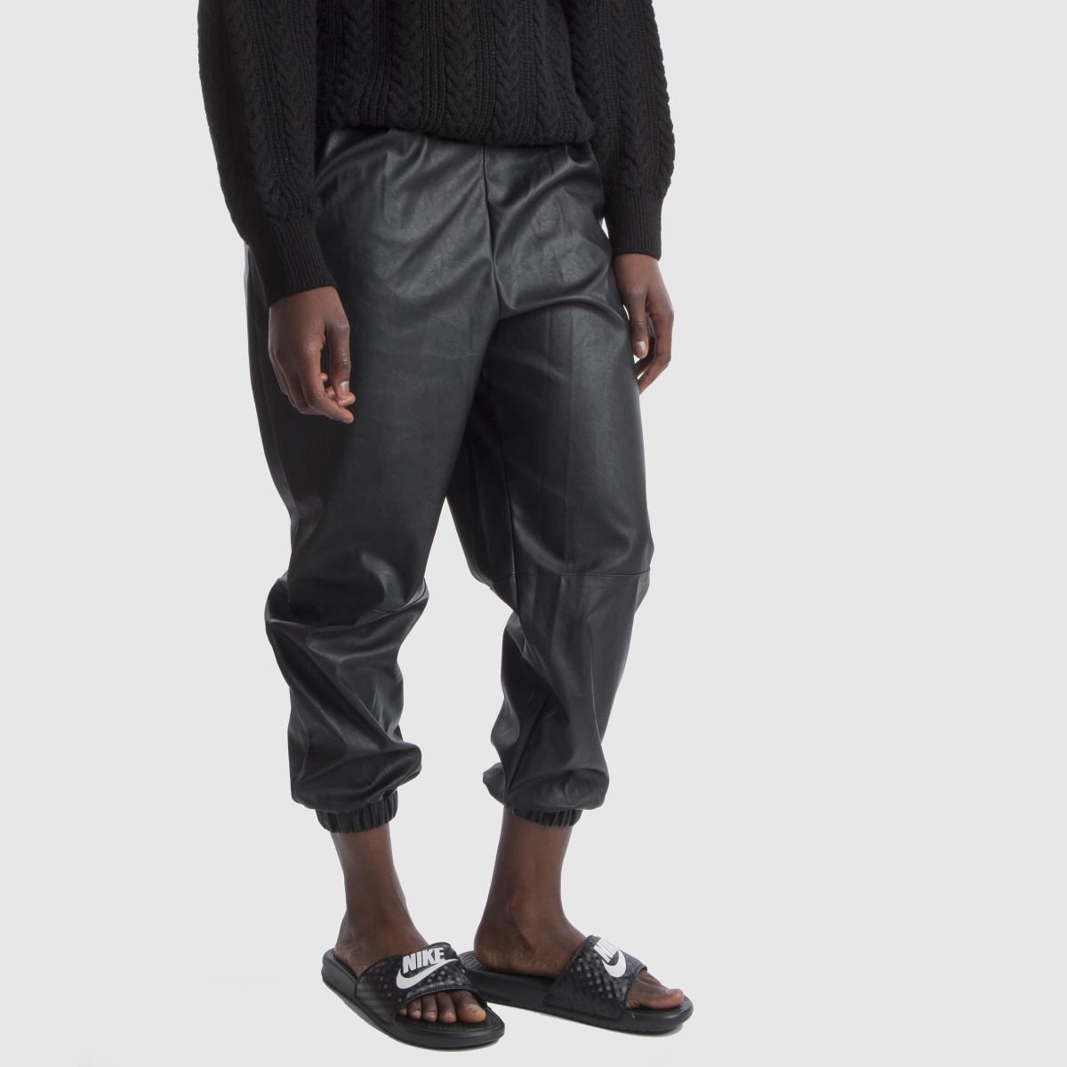 Damen Schwarz-weiß nike Benassi Slide Qualität Sandalen | schuh Gute Qualität Slide beliebte Schuhe 9e5cdb