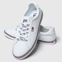 Tommy Hilfiger Essential Lace Up Sneaker 1