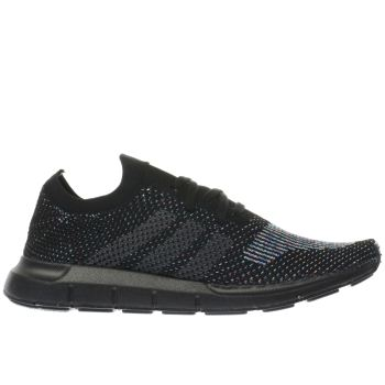 ADIDAS BLACK SWIFT RUN PRIMEKNIT TRAINERS