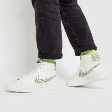 Nike Blazer Mid 77,2 of 4