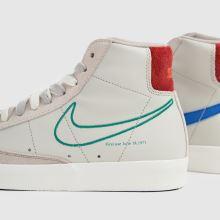 Nike Blazer Mid 77 Se,4 of 4