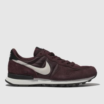 buy popular 4843e 42d3f Nike Burgundy Internationalist Womens Trainers