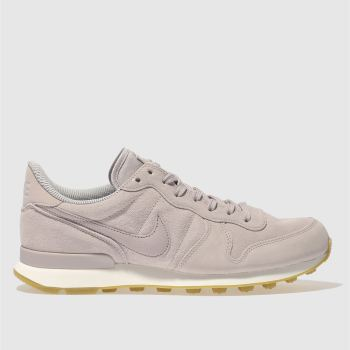 Nike Pale Pink INTERNATIONALIST SE Trainers