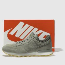 Nike internationalist se 1