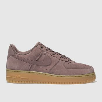 NIKE MAUVE AIR FORCE 1 07 SE TRAINERS