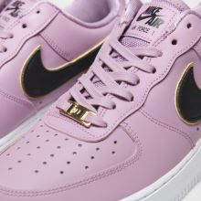 Nike Air Force 1 07 Essential 1