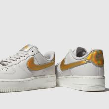 Nike air force 1 07 metallic 1