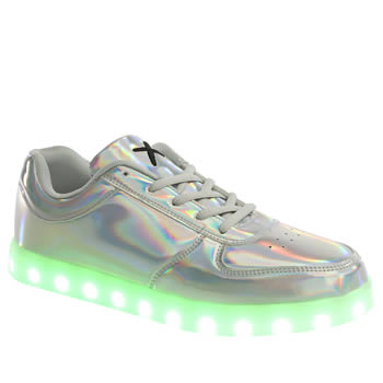 WIZE-AND-OPE SILVER POP LED TRAINERS