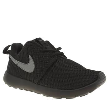Nike Roshe Noir Et Gris Un Jeune Unisexe coût de réduction OAfcZ1