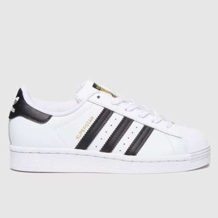 adidas Superstartitle=