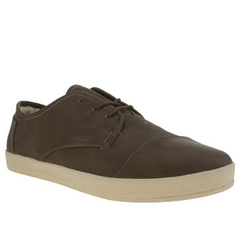 TOMS BROWN PASEO SHEARLING SHOES